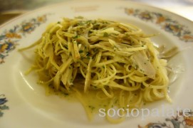 Tagliolini_with_artichoke_pasta_at_cantinetta_antinori_restaurant_in_florence