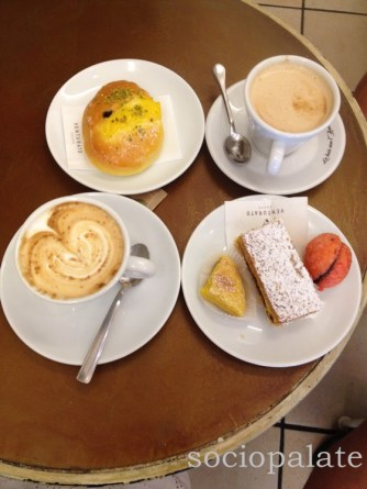 best breakfast in Follonica at Pecchia Pasticceria with coffee and pastries