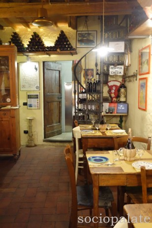 dining room of restaurant A Casa Mia in Chianti