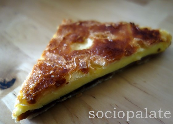Scendiletto puff pastry and custard dessert from Pasticceria Stefania in Florence