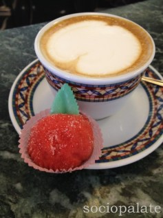 Capuccino and a Pesche Ripieno cookie