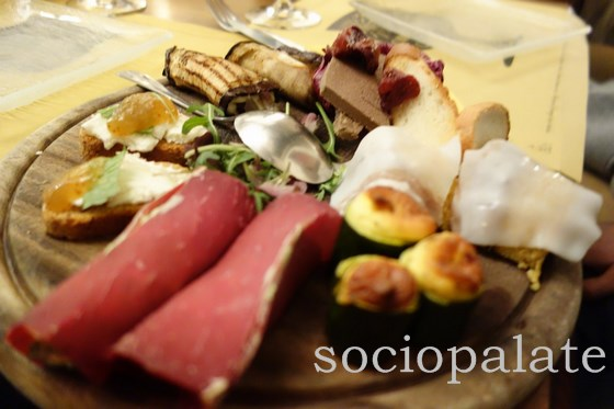 mixed appetizers at coquinarius restaurant and wine bar in florence